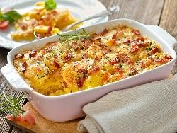 Печени картофи Карбонара на фурна с пушен бекон, сметана, кашкавал и пармезан на фурна - снимка на рецептата